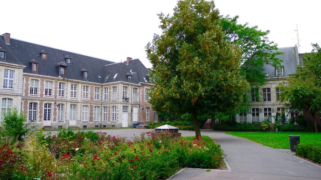 france lille le vieux lille le jardin de l 39 abbaye de lo flickr. Black Bedroom Furniture Sets. Home Design Ideas