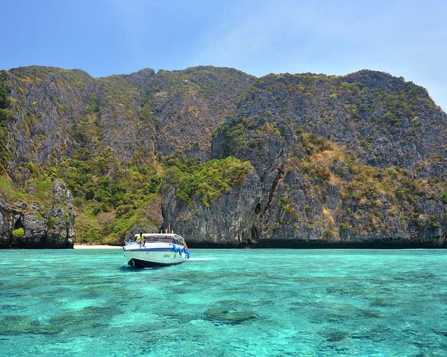 Aguas transparentes de las islas Phi Phi