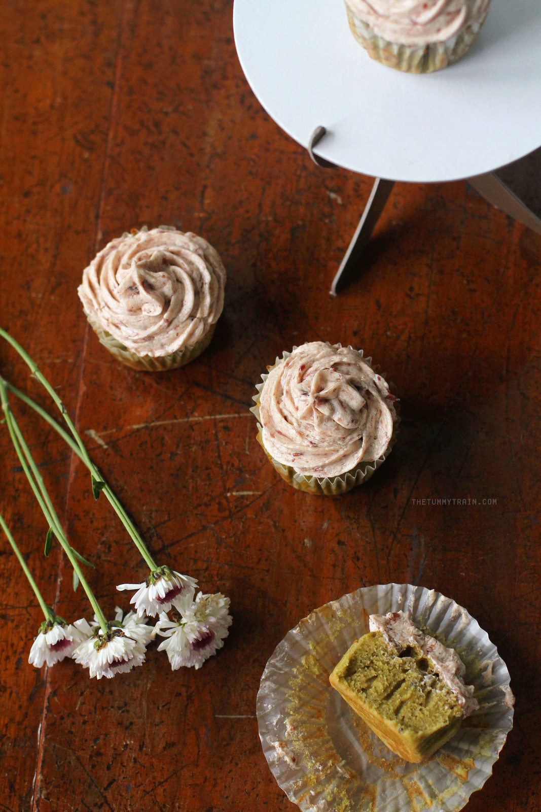 26745535525 693b6eea88 h - These Matcha Cupcakes with Red Bean Frosting sum up my sweet love [VIDEO]