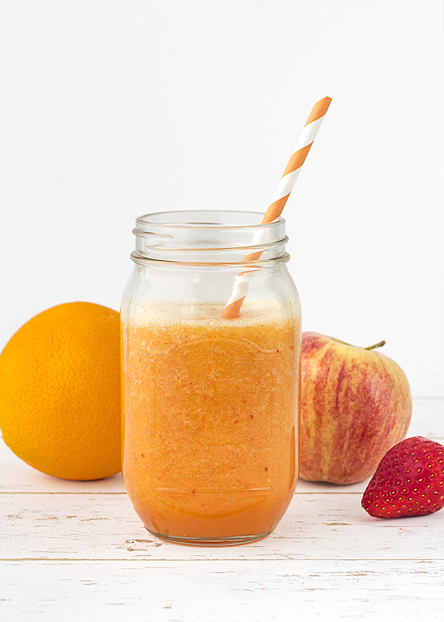 smoothie fresas manzana naranja