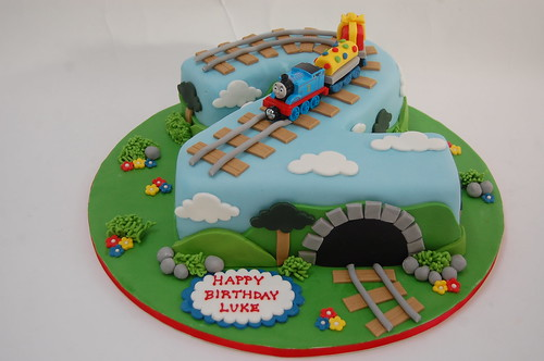 Make Train Engine Cake