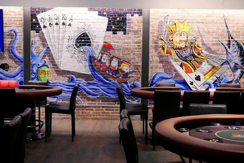 26231721746 1d14449d5e c - 【熱血採訪】RAISE遊戲主題餐廳:半夜也有揪團德州撲克比賽好地方~美式時尚工業風設計結合LOFT生活風格空間~除了打牌也有義大利麵 蜜糖吐司 串燒跟炸物點心豐富好選擇!