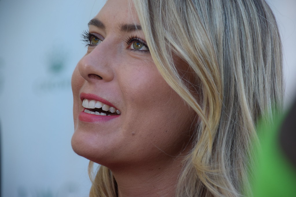 Maria Sharapova Keeps Busy as Intern During Tennis Ban