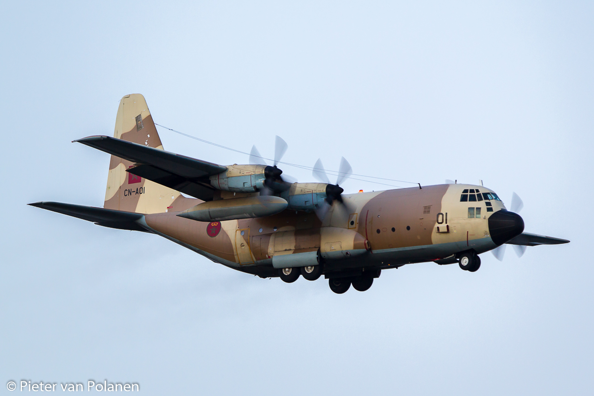 FRA: Photos d'avions de transport - Page 27 26025622912_2283a537a6_o