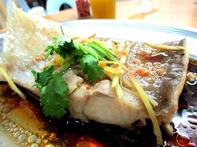 Dragon steamed ikan lajong 1
