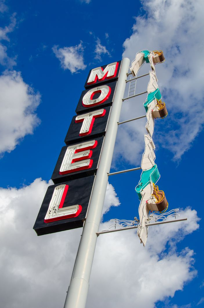 Starlite Motel - 2710 East Main Street, Mesa, Arizona U.S.A. – February 28, 2016