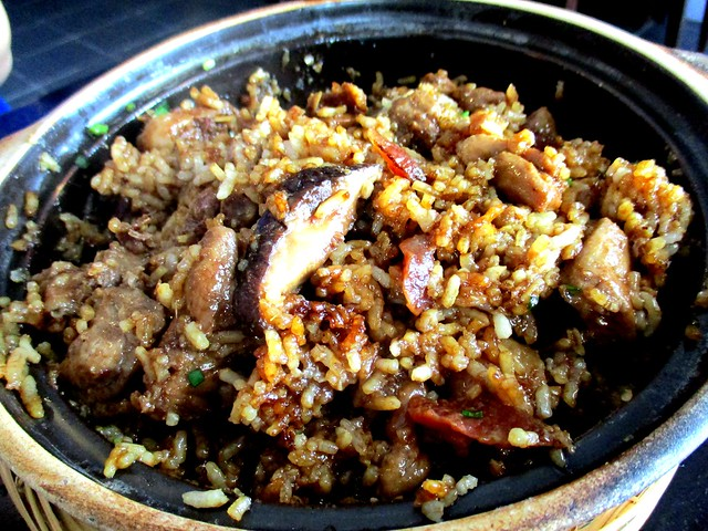 Le Cafe claypot chicken rice 3