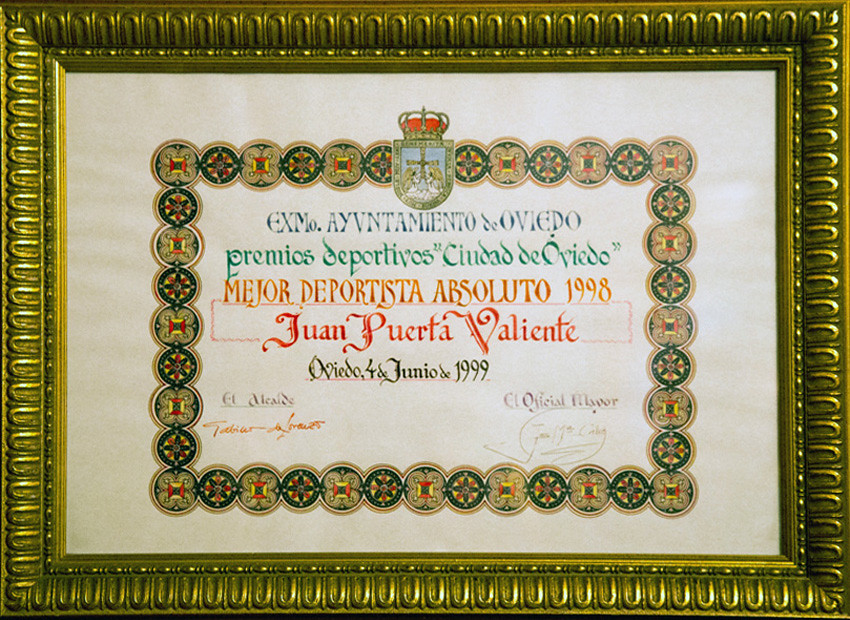 Diploma Juan Puerta Valiente. Foto 074.