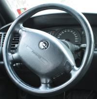 Opel sterowanie z kierownicy pioneer