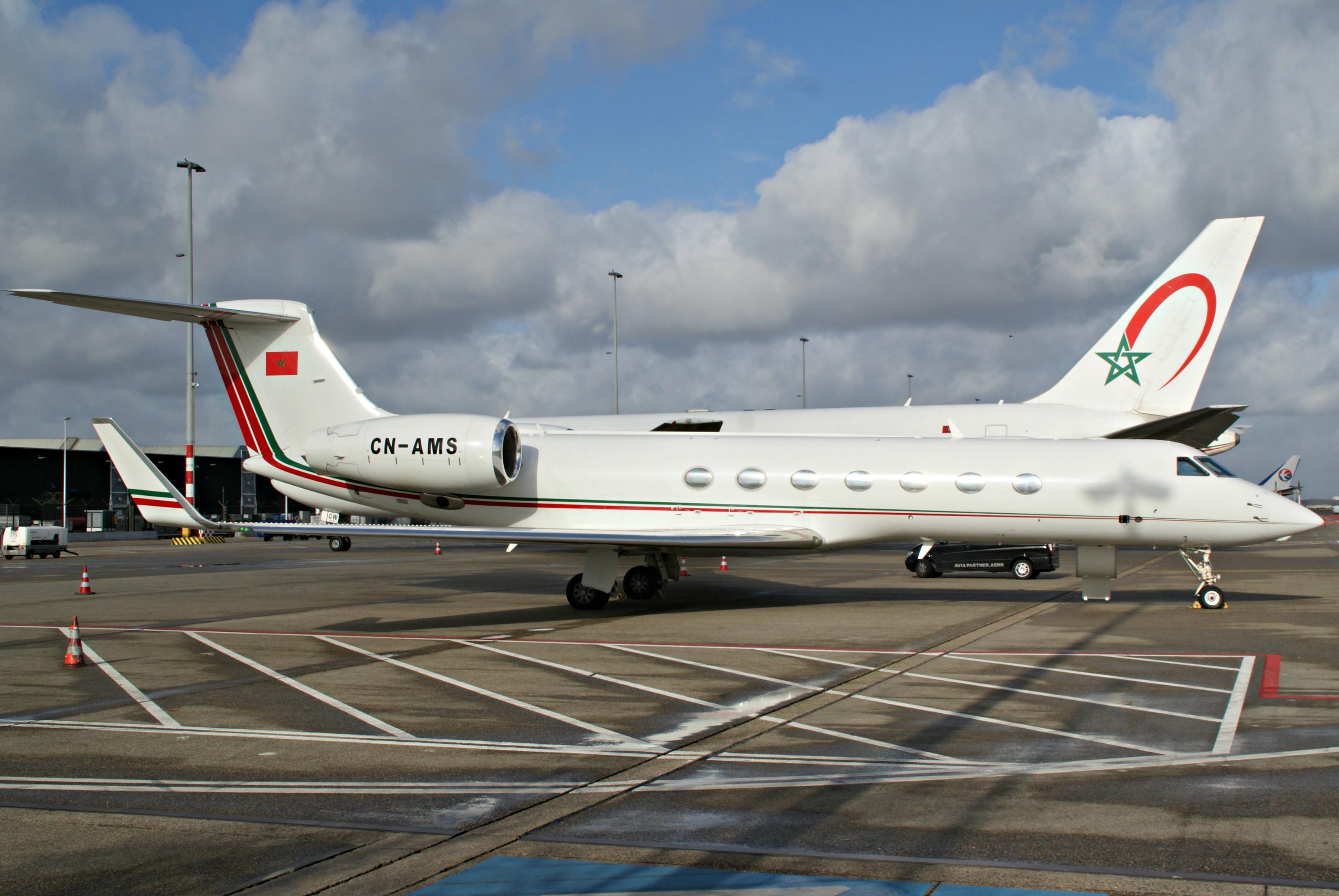 FRA: Avions VIP, Liaison & ECM - Page 13 26055202611_eca3a4c367_o