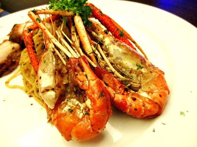Eternal Dining grilled prawns