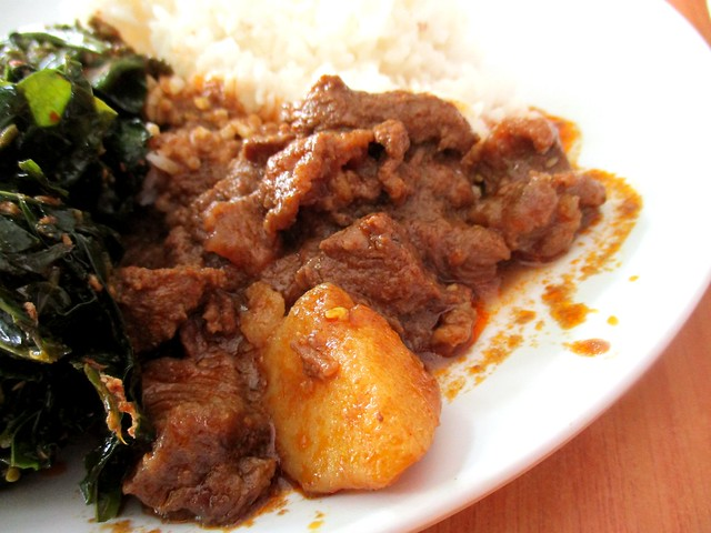 Liza Cafe beef curry