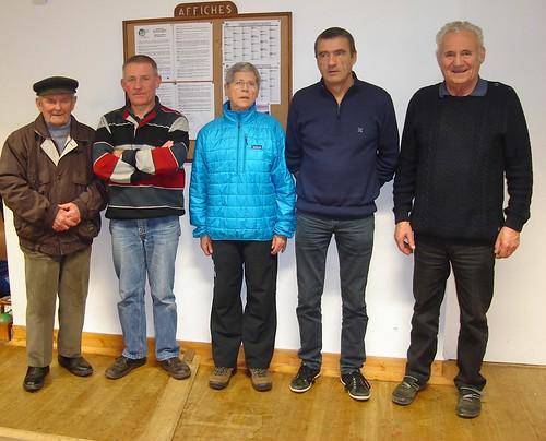 24/01/2016 - Saint Jean du Doigt : Les finalistes du concours de boules plombées en doublettes formées