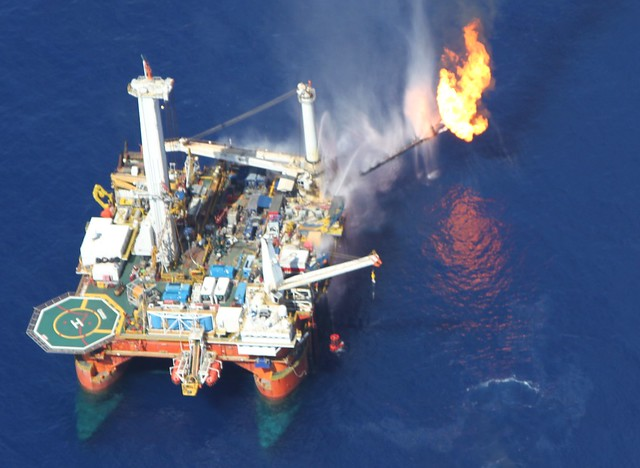 rig flaring gulf of mexico
