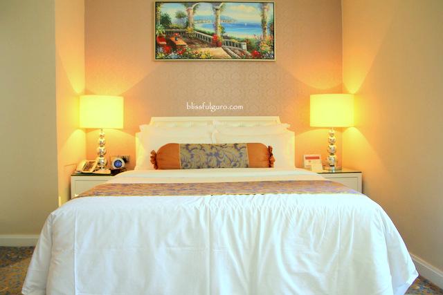 Metropole Hotel Macau Deluxe European Room