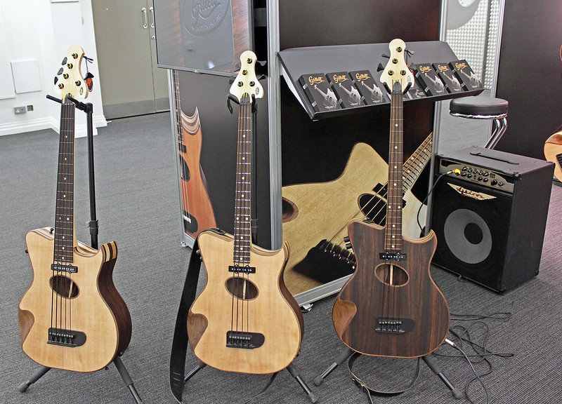 Gillett Guitars