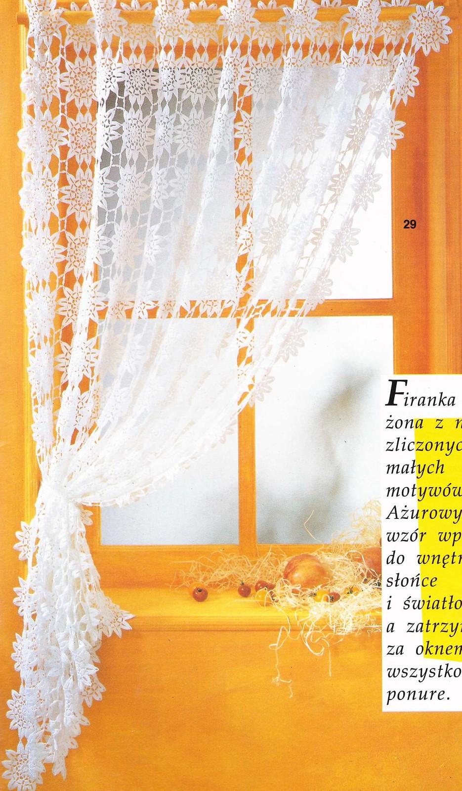 Crochet maison cuisine le monde creatif for Modele rideau