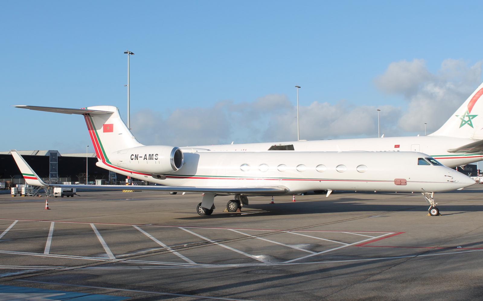 FRA: Avions VIP, Liaison & ECM - Page 12 25778307270_de70e8af13_o