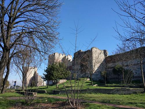 君士坦丁堡城墙