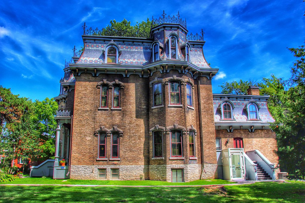 Ornate creasting across the roof of Glanmore Mansion was completed in 1883 for John Philpot Curran Phillips. Image credit Bill Badzo, flickr.