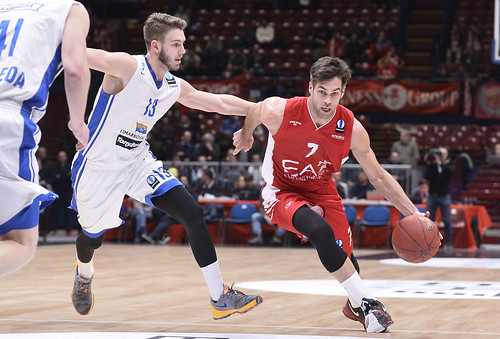 Cerella to the rescue and Olimpia won 79-71