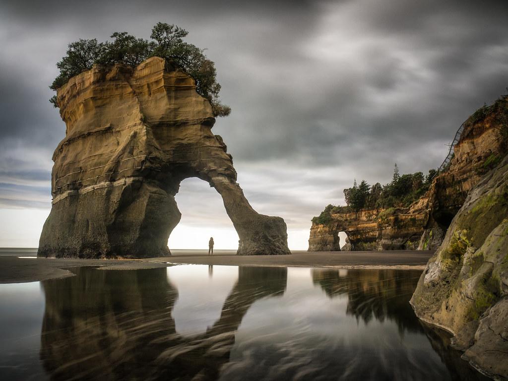 Under the arch | Unnamed sea stack, Taranaki, New Zealand ...