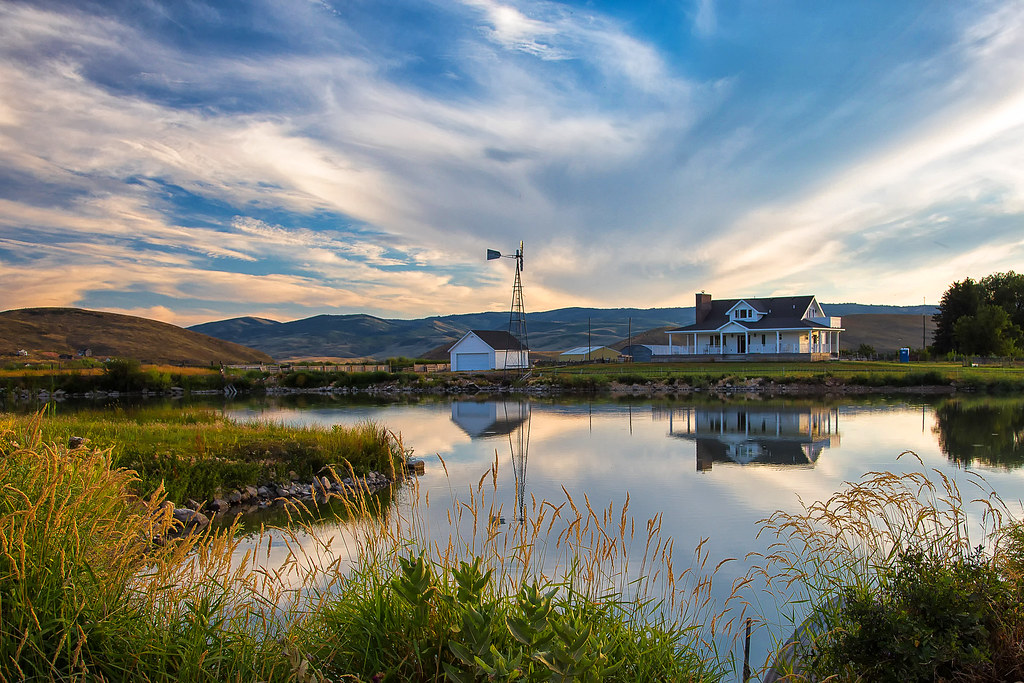 pond - Laketown, Utah - 8-01-15 01 | There is a farmhouse ...