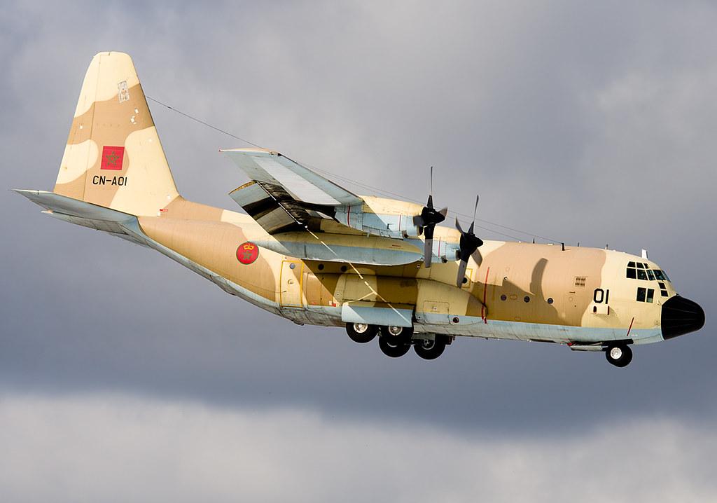 FRA: Photos d'avions de transport - Page 25 25150634243_a67a54331a_b