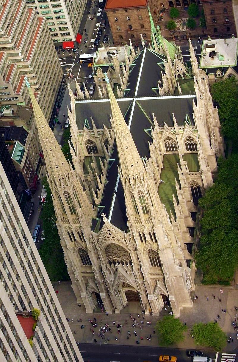 St Patrick's Cathedral, New York, viewed from the Rockefeller Center. Credit J.M. Luijt