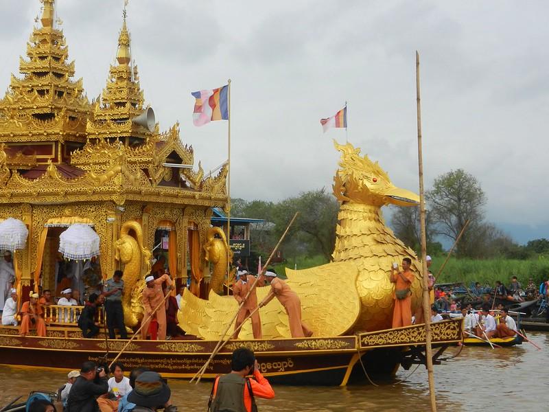 Мьянма, Ладья-пагода фестиваль Пхаунг До У