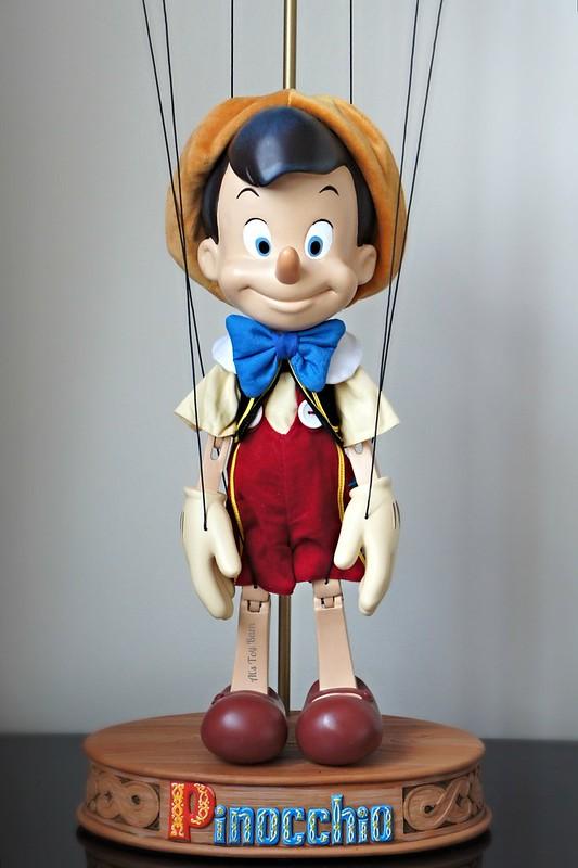 Pinocchio - Page 7 23838202743_e90e9a0f39_c