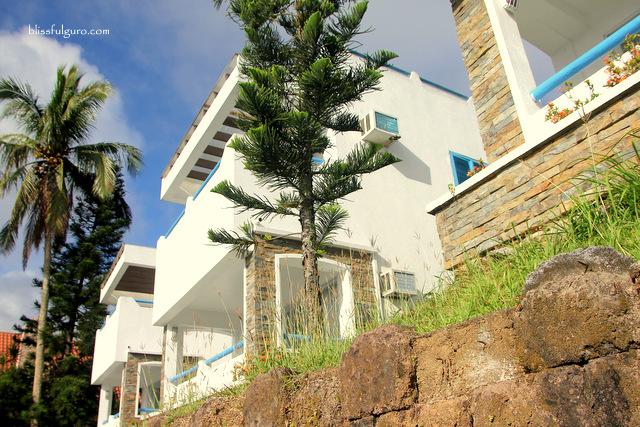 Estancia Resort Tagaytay Santorini Villa