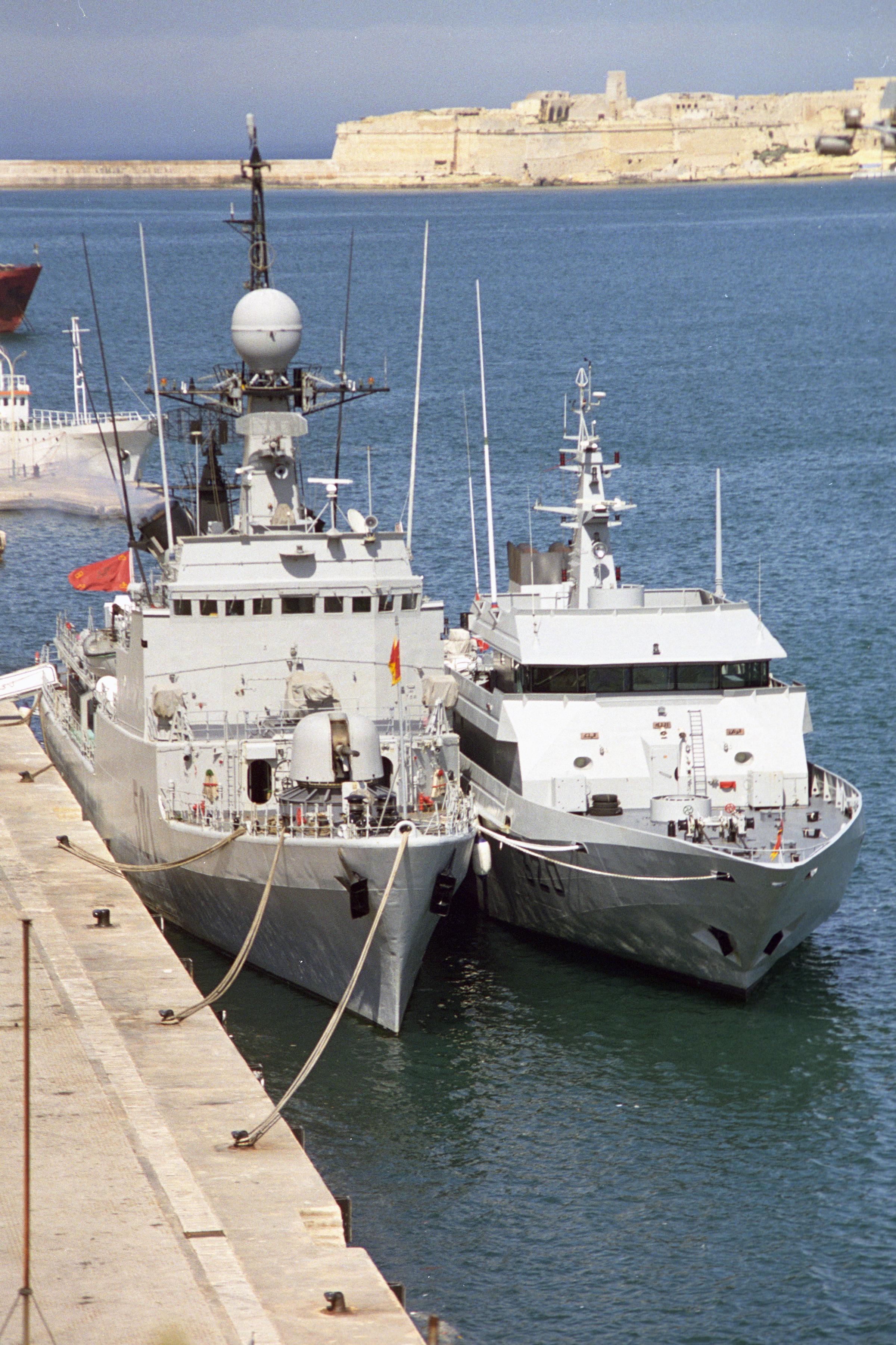 Royal Moroccan Navy Descubierta Frigate / Patrouilleur Océanique Lt Cl Errahmani - Bâtiment École - Page 3 24980434735_a3af7370a6_o