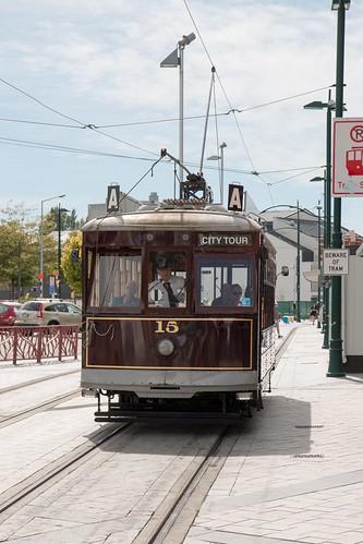 Hop Off Trolley Tour Seattle Car Parking