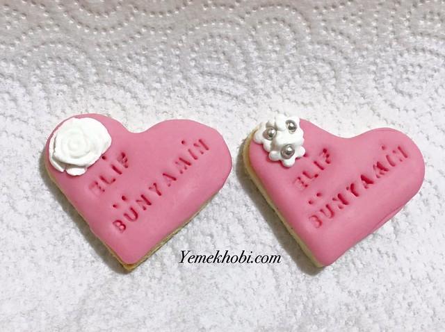 şeker hamurlu kalp kurabiye