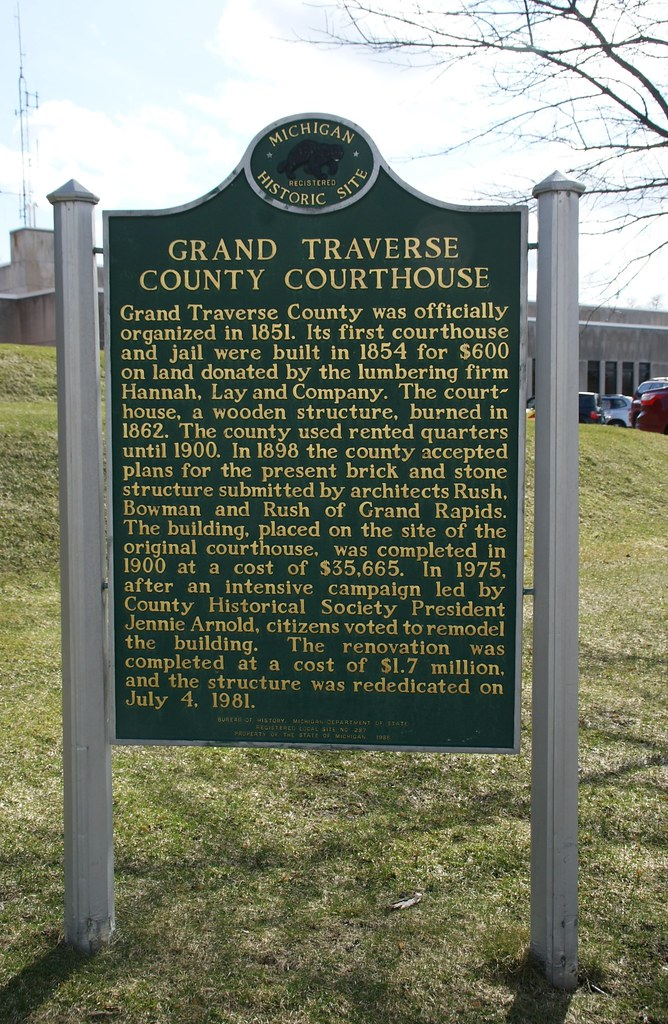 Michigan historical plaque grand traverse county courtho for Grand rapids architecture firms