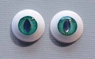 [Commissions Yeux] Uréthane OUVERT  24705599639_131cb428ff_n