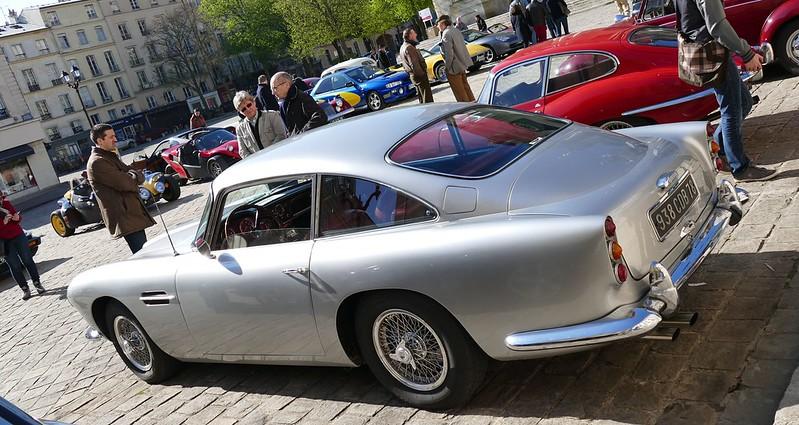 Pour les amateurs d'Aston Martin du passé antérieur 26171064473_a92fd0f7a1_c