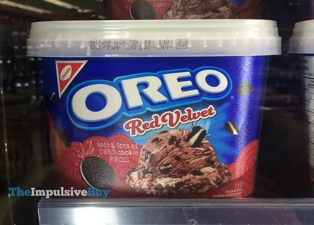 Red Velvet Oreo Cheese Cake Bronie