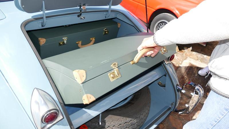 Gamme de bagagerie cuir SECMA - Vos avis ? 25957515760_0e059b3f97_c