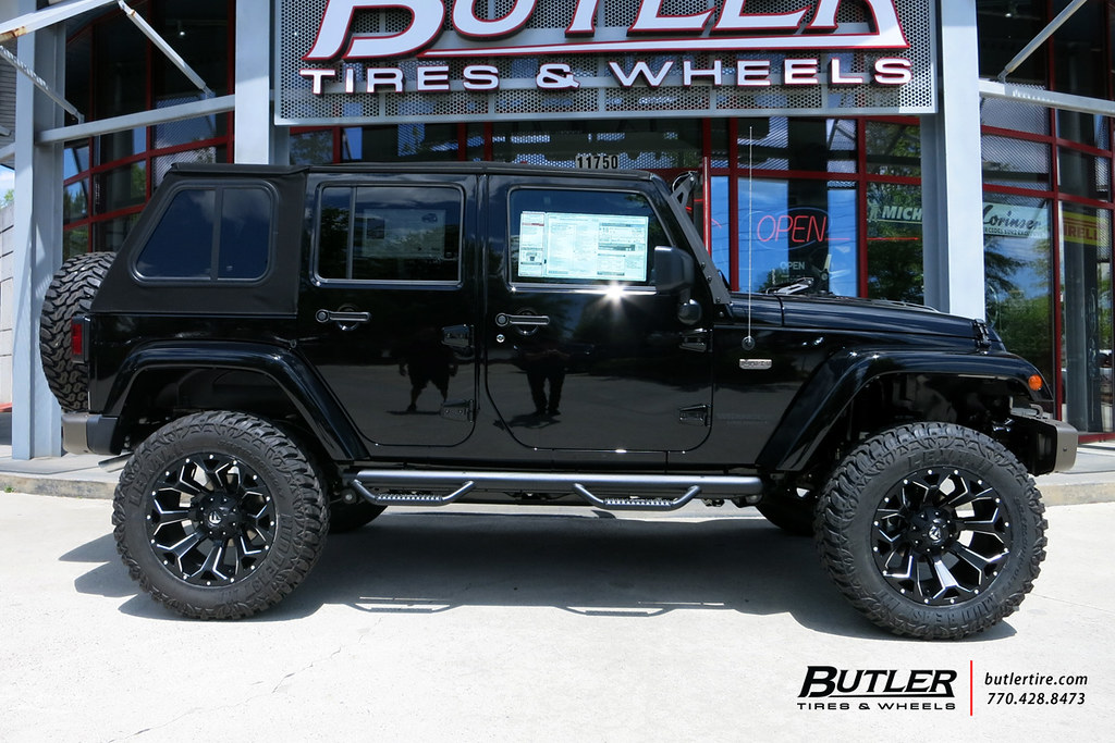 Jeep Wrangler with 20in Fuel Assault Wheels and Lexani Mud ...
