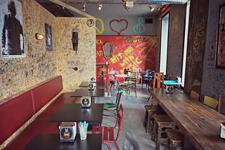 http://hojeconhecemos.blogspot.com.es/2016/01/burger-joint-madrid-espanha.html