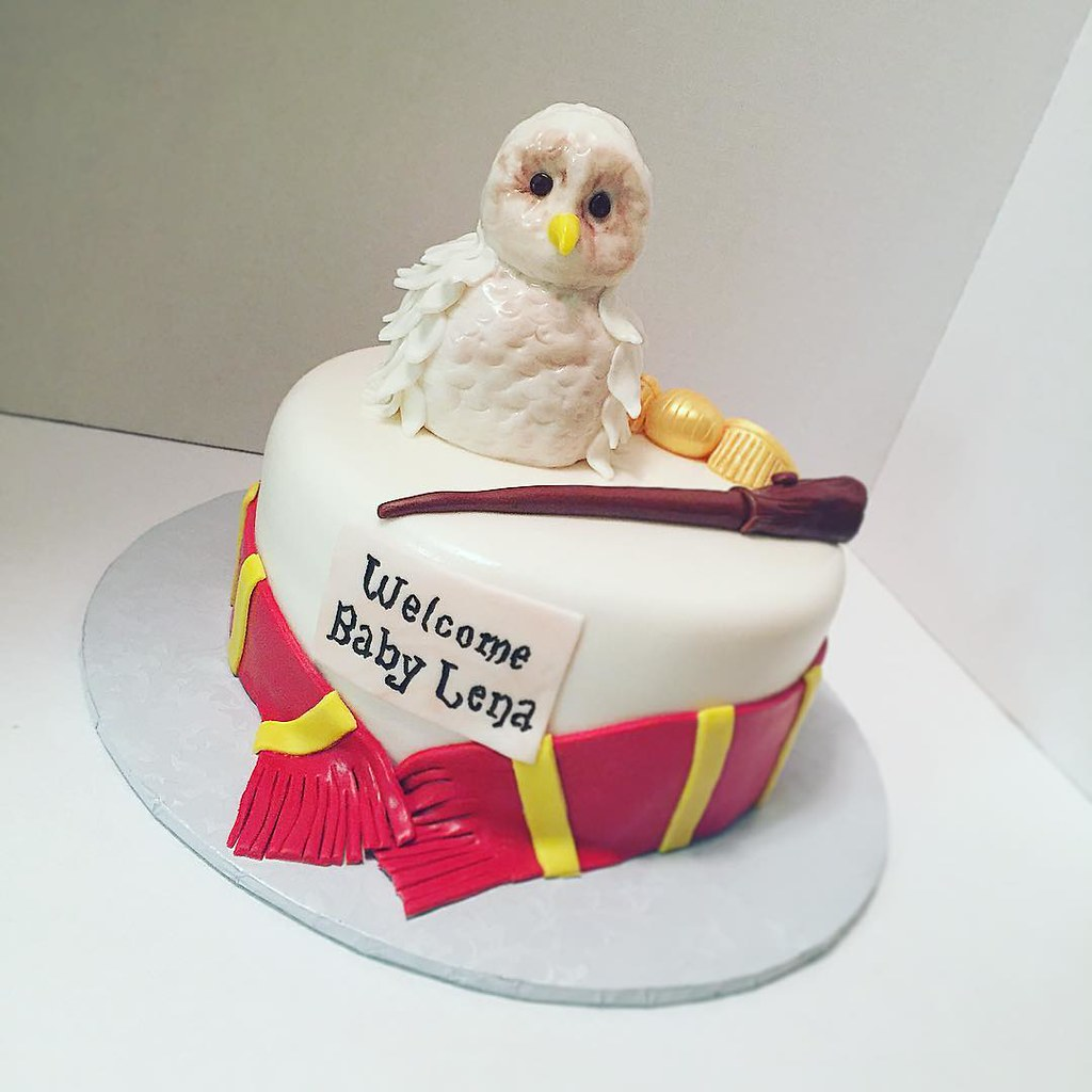 Beautiful Harry Potter Baby Shower Cake #harrypotter #goldensnitch #u2026 | Flickr