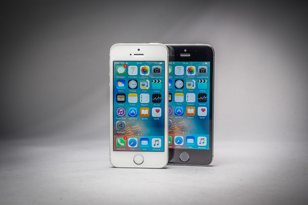 apple iphone se 64 go test apple iphone se petit. Black Bedroom Furniture Sets. Home Design Ideas