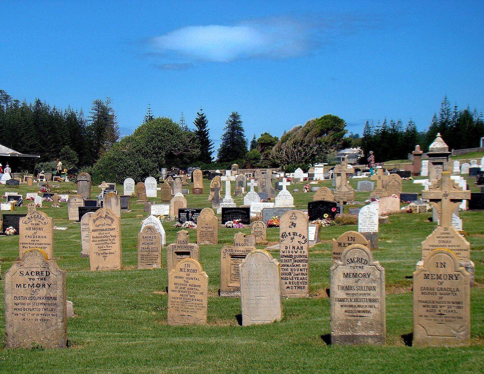 Norfolk Island Cemetery. Image credit Bob Hall.