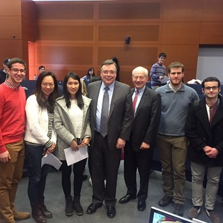 Geir H. Haarde with students and Peter Petri