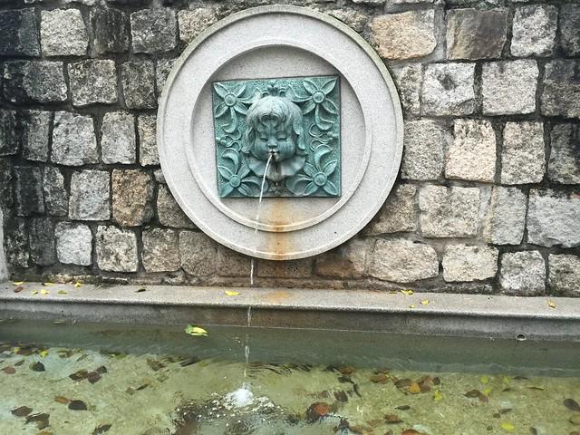 Fuente en la Plaza de Lilau (Macao)