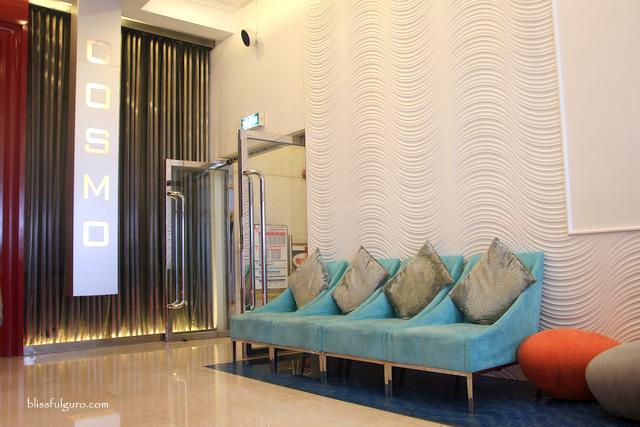 Cosmo Hotel Hong Kong Lobby