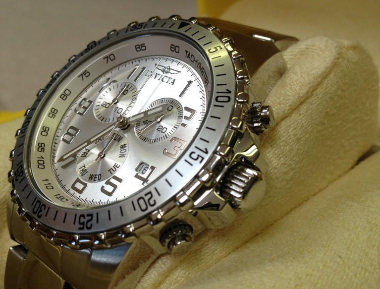 The Invicta 6620 II Collection Chronograph Stainless Steel Dial Watch