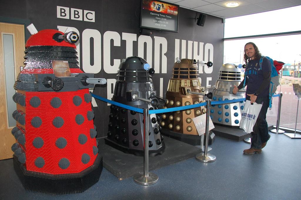 Daleks en el Dr Who Experience, uno es de LEGO